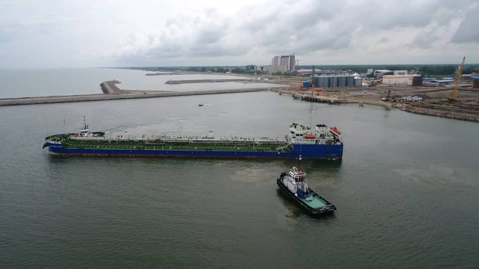 Caspian port trade grew by 78% this year with berthing of 168 ships