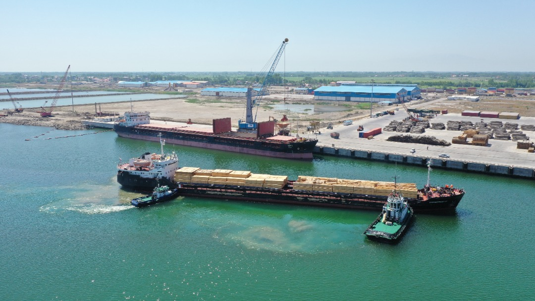 221% increase in incoming ships to the Caspian port complex of Anzali Free Zone